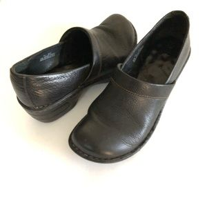 Born Leather Black Clog Size 7.5 Women's